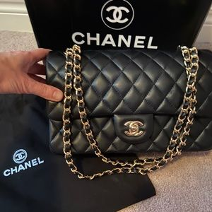 Brand new Chanel replica comes with box\dust bag